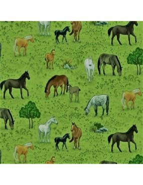 Tissu coton Village Life à motifs de Chevaux dans les prés
